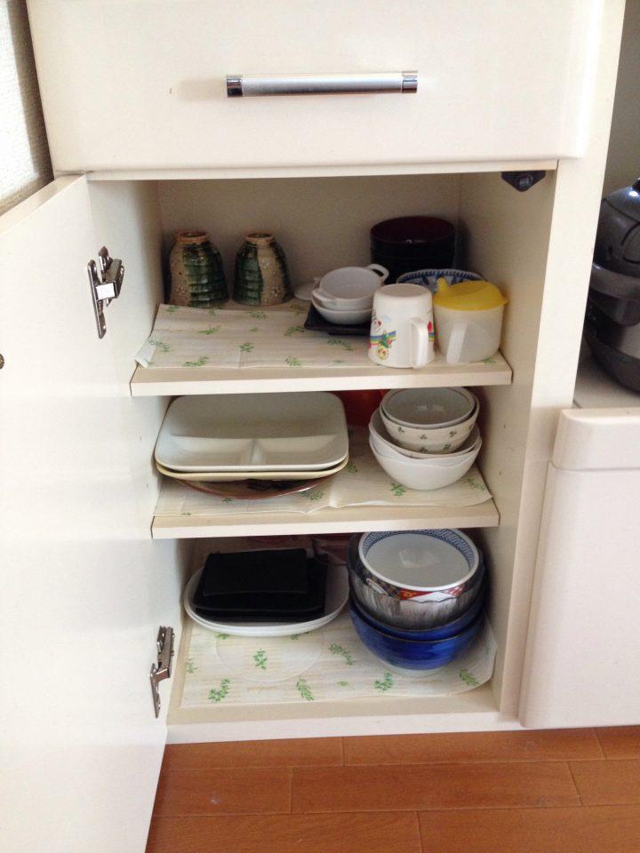 幼児と食器棚の良い関係